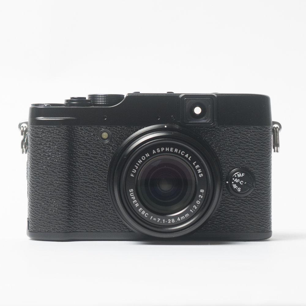 FUJIFILM X Series X10 Digital Camera (Black)