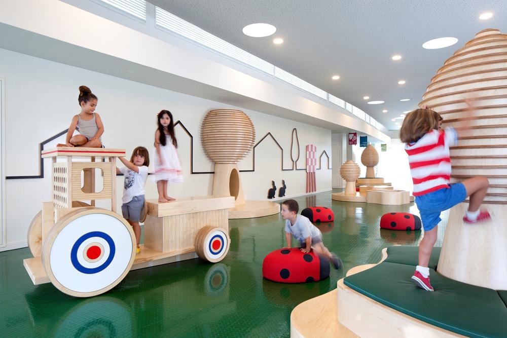 Kids-Interior-Design-Children-Spaces-Playroom-Ideas-109.jpg