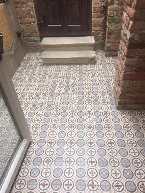Boden im Eingangsbereich von Elios