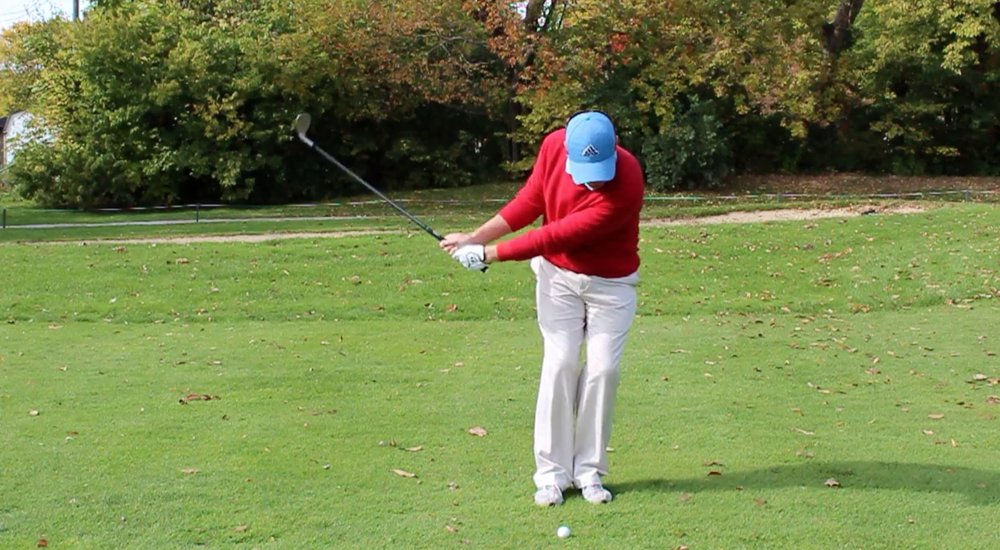 how to hit a pitch shot