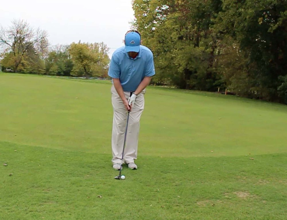Ball position hybrid chip shot