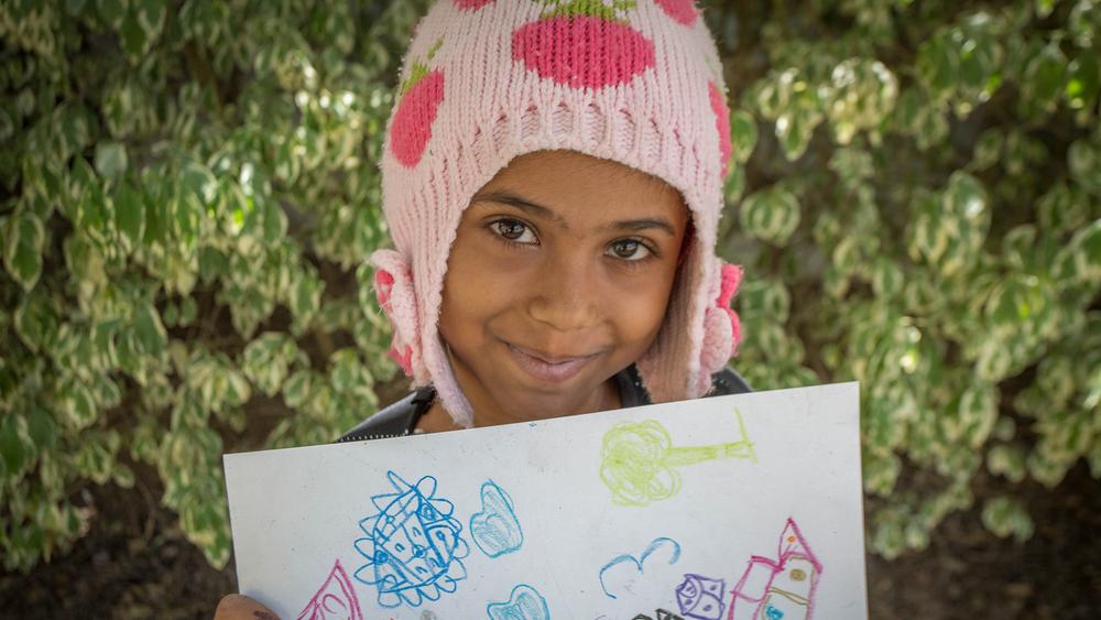每月捐款 - 定期捐贈能為我們提供一個穩定長久的收入來源,用以資助救助兒童會的長期項目,幫助像拉薩一樣急需援助的兒童。