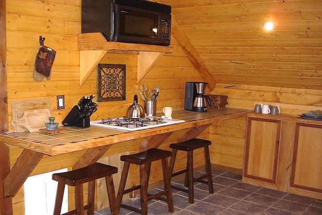 10. kitchen area.JPG