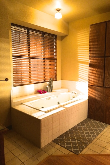 11. Master bath .jpg
