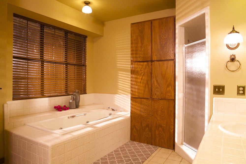 10. Master bath copy.jpg