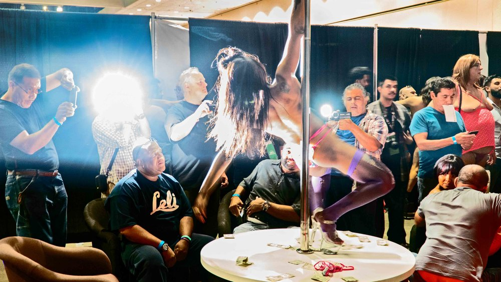 Strippper-on-pole-Color-.jpg