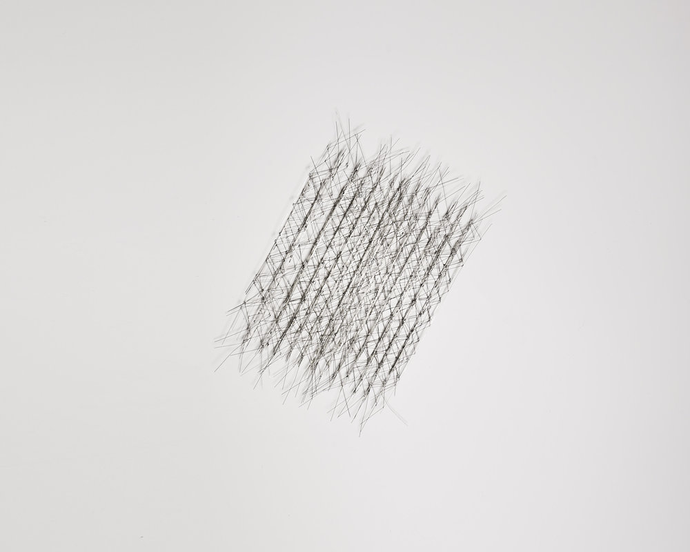 Gerbe 2   2009, fils de maillechort, soudure, peinture   2mx45cm