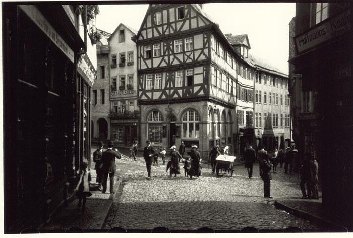 Original Photograph of the Eisenmarkt taken with the Ur-Leica by Oskar Barnack