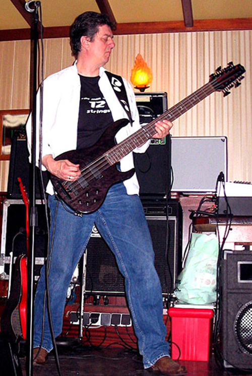 Hans Grimm - Uithoorn, The Netherlands and his Hense 12-String Bass
