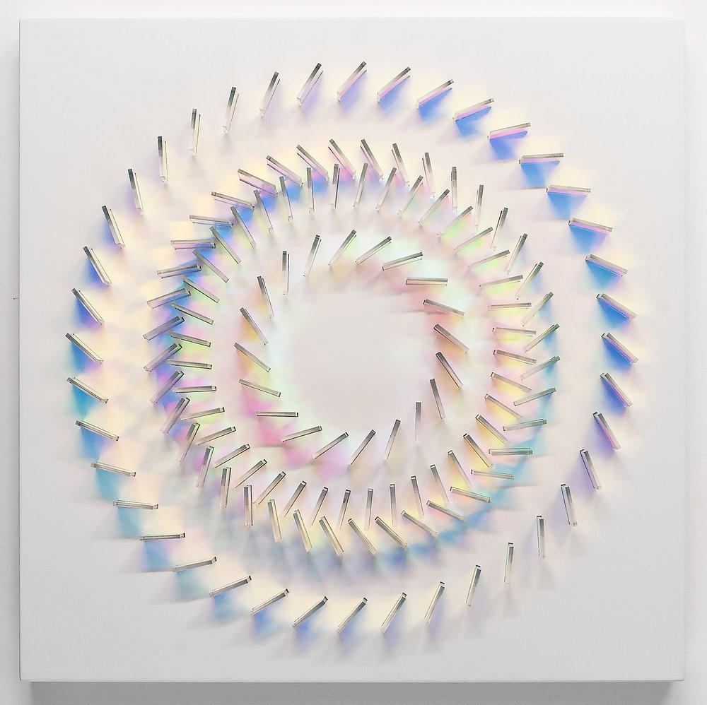 iridescent-arcenciel-trend-kraftandcarat-23b.jpg