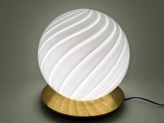 grande-lampe-de-bureau-en-verre-de-murano-ronde-de-venini-1970s-1.jpg