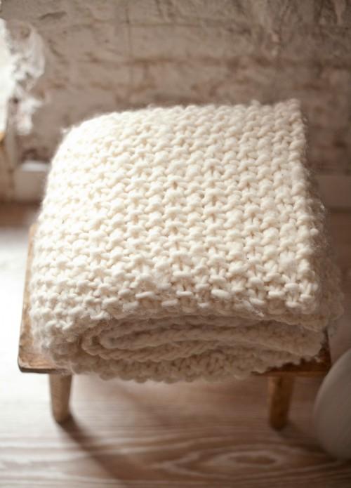 bois-blanc-liste-noel-kc-fr-kit-tricot-laine-decoration-udon-blanket-4-udon.jpg
