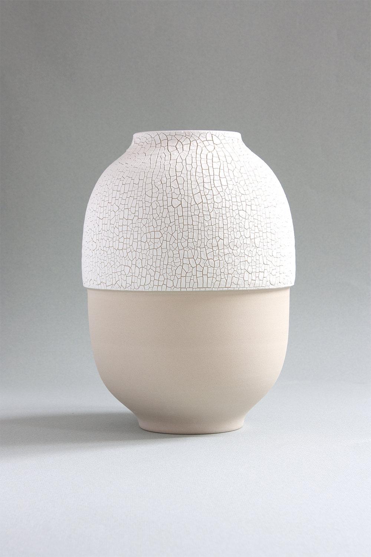 josefina-munoz-design-art-vases-atacama-ceramics