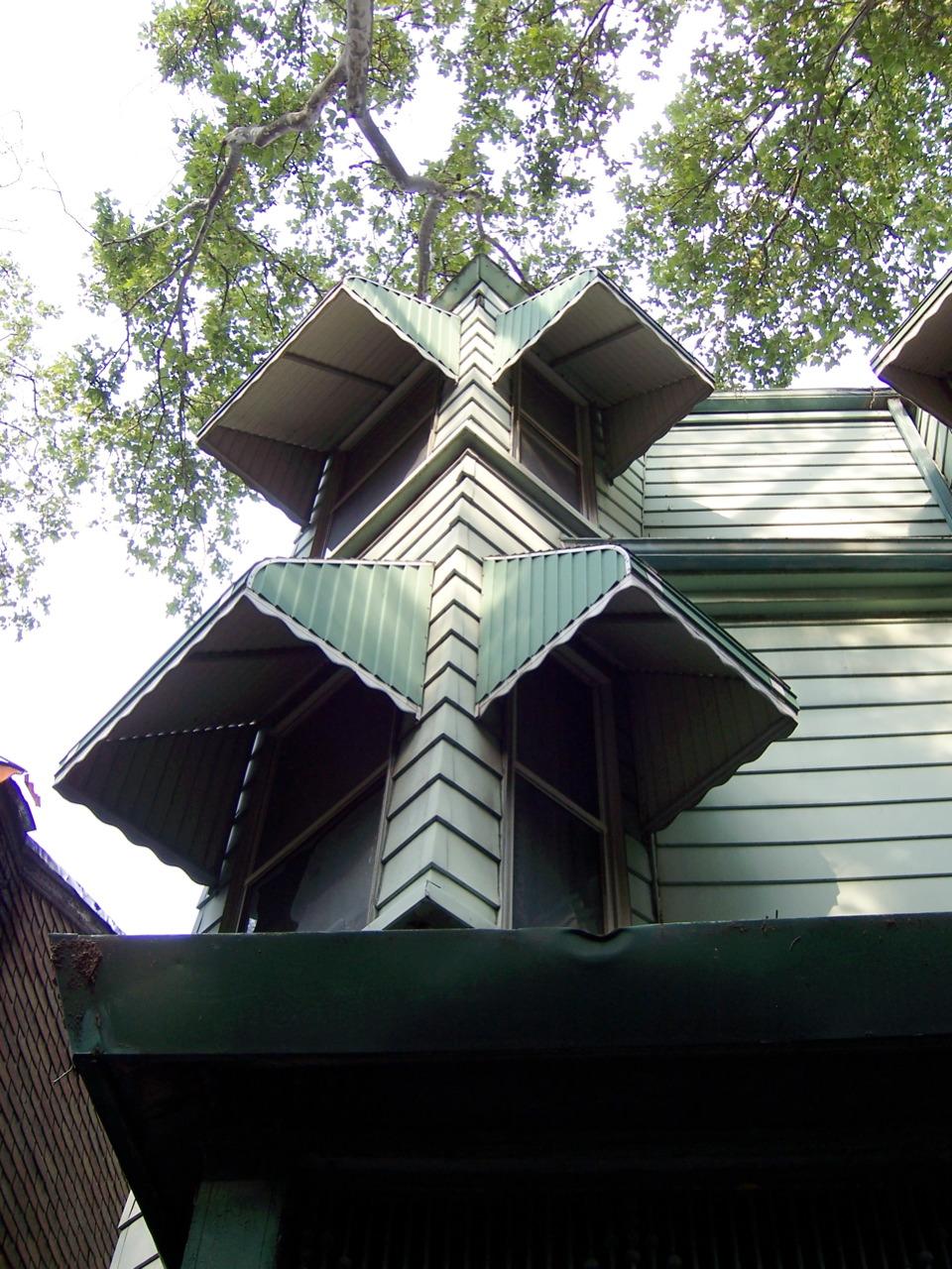 awnings--bad_179368522_o.jpg