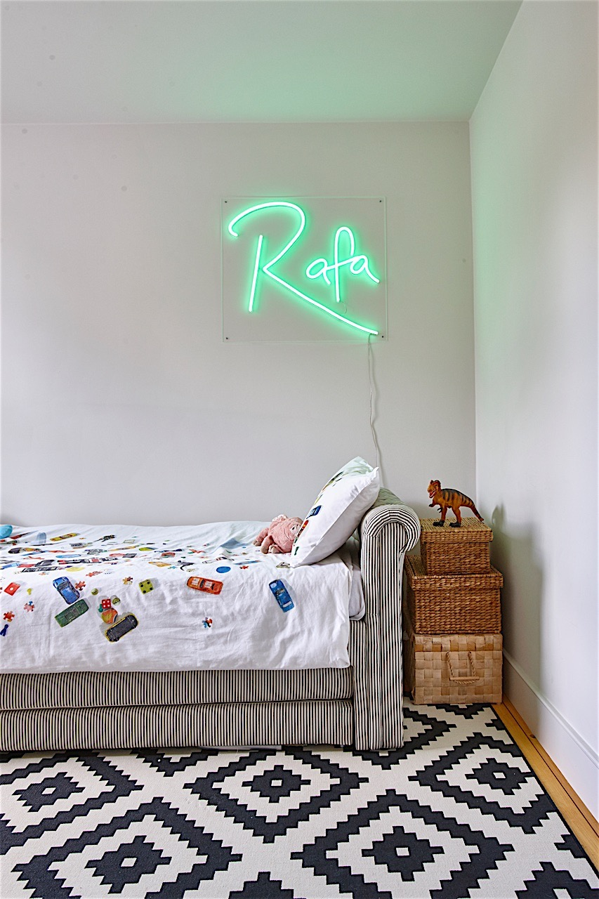 bespoke neon light.jpg