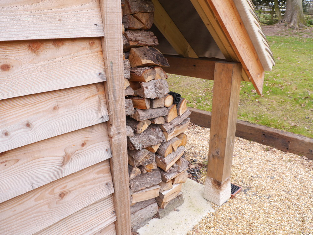 logstore on an oak framed garage, oak garage