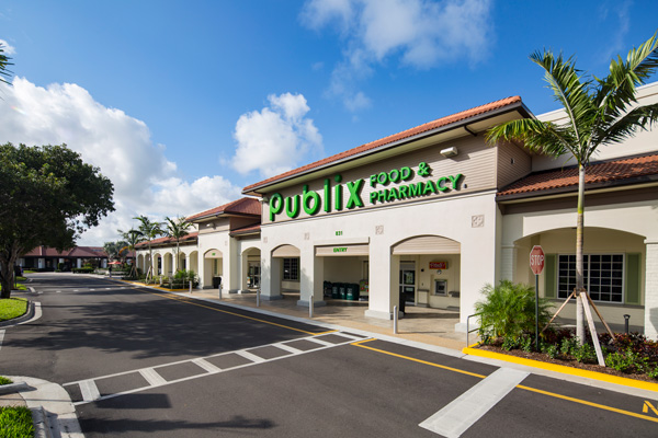 Village Commons Publix Storefront with Street