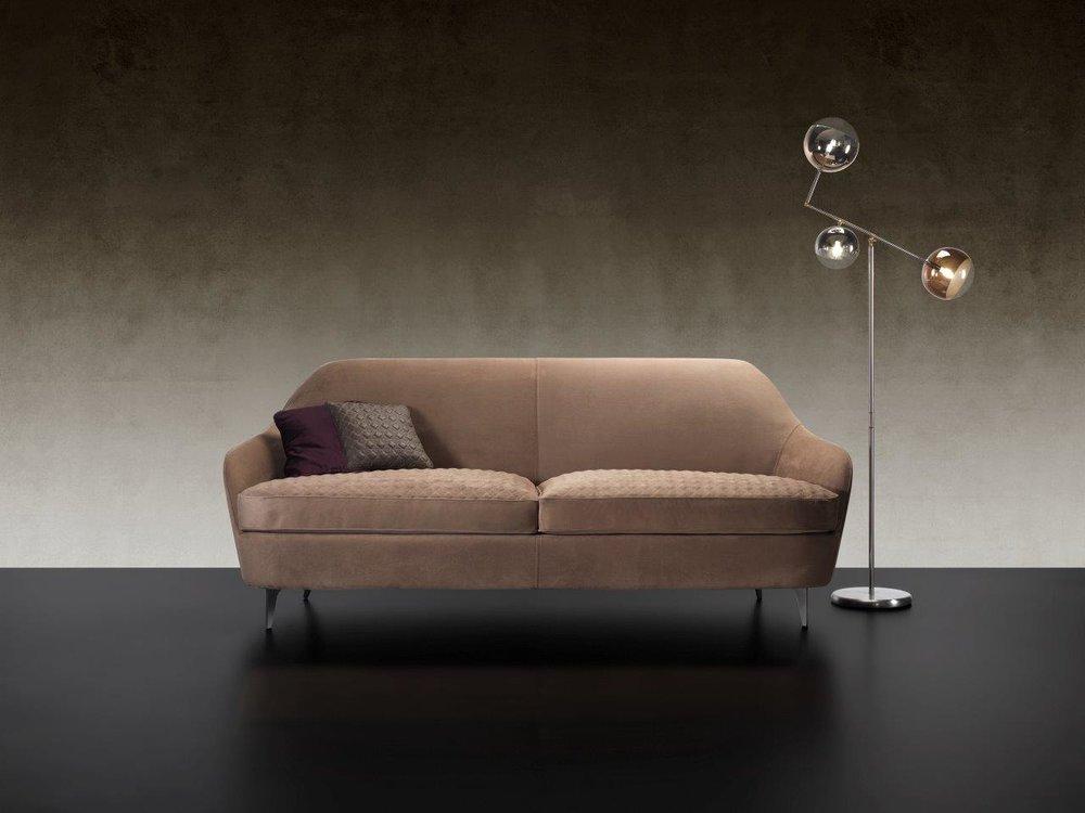 Nuvola sofa-1.jpg
