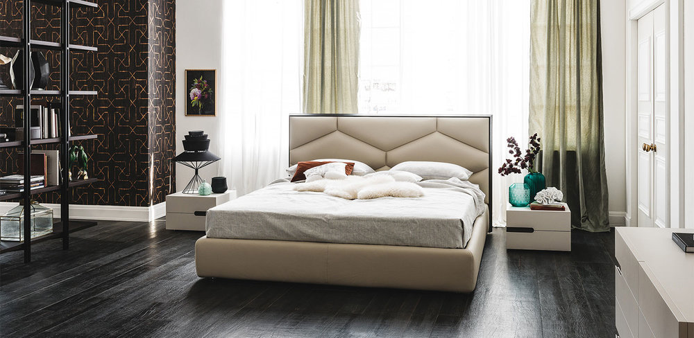 #1 DIVINEDESIGNCENTER_EDWARD_BED (2).jpg