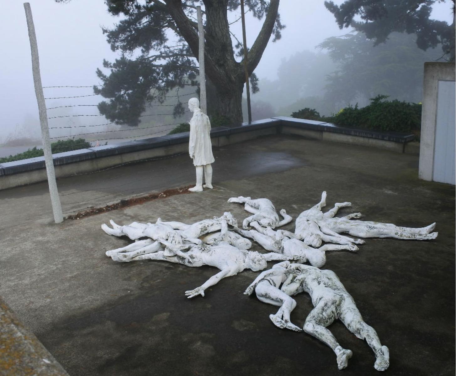 Как выглядят мемориалы жертвам Холокоста в мире (фото 14)