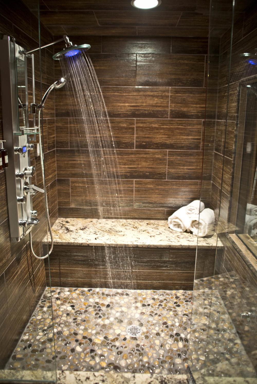 Maxwell Mansion Room Stable Bathroom Steam Shower Lake Geneva Wisconsin.jpg