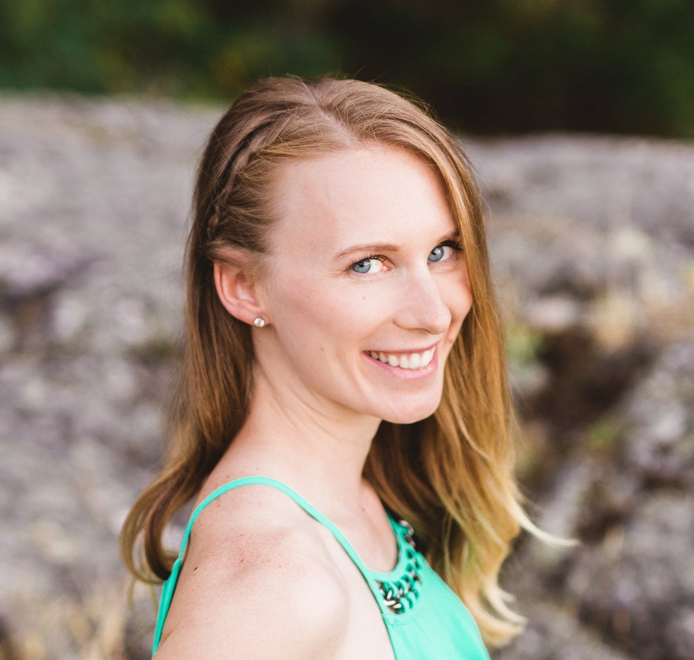Anna McRae, RD, CDE - Anna is a Registered Dietitian and Certified Canadian Diabetes Educator. Anna is passionate about using evidence-based nutrition to help her clients boost their natural fertility and improve their chances of conceiving.