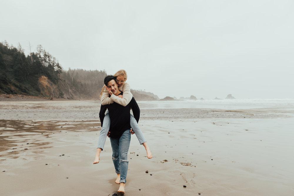 Portland Oregon engagement session on the beach