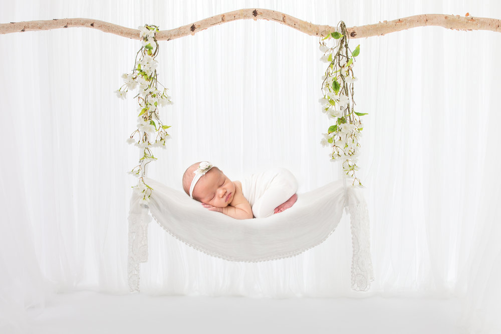 newborn-photography-swing-light-airy