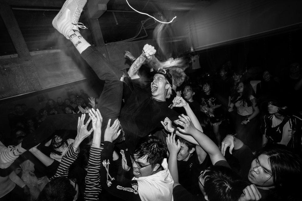 hardcore.leestarnes.punkrockchronicals.saigon.-11.jpg