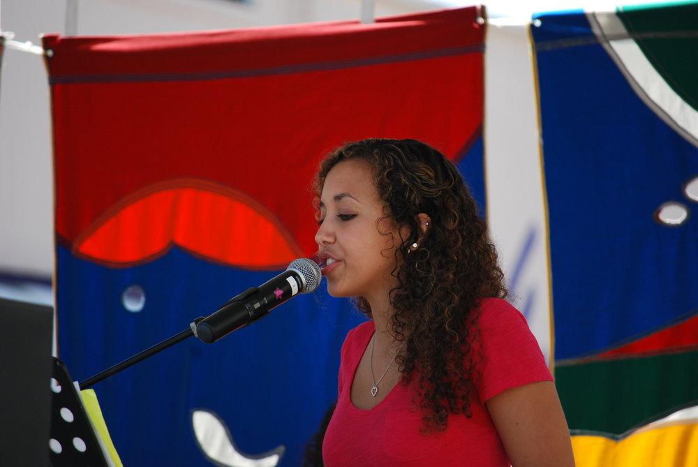 2011 batch Alanna singingt.jpg