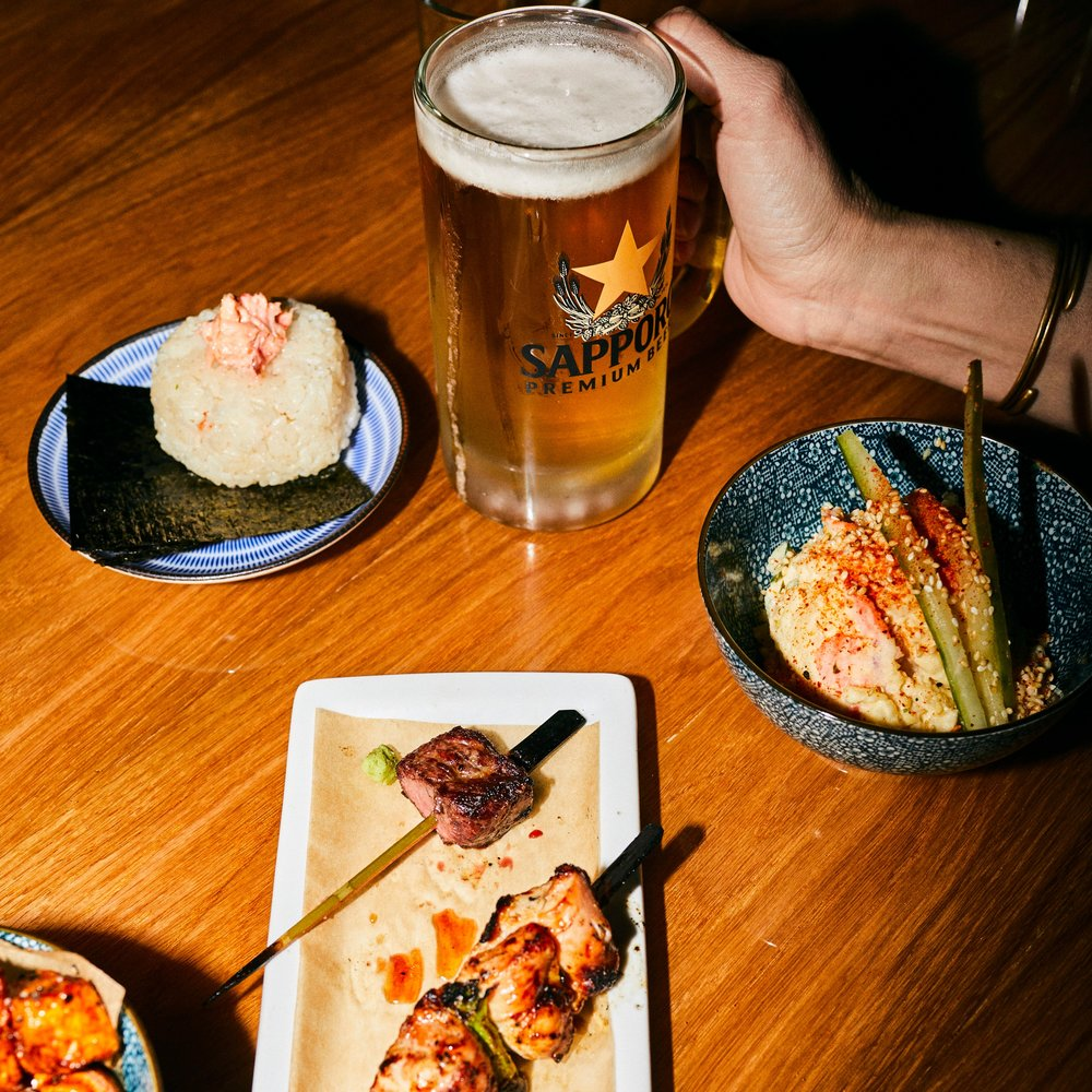 - An Izakaya from the team behind OTAKU RAMEN serving beer, sake, yakatori and Japanese soul foodAn izakaya (居酒屋) (Japanese: [izakaja]) is a type of informal Japanese pub. They are casual places for after-work drinking and eating.