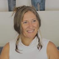 Hayley Weatherburn - Bali Community Host