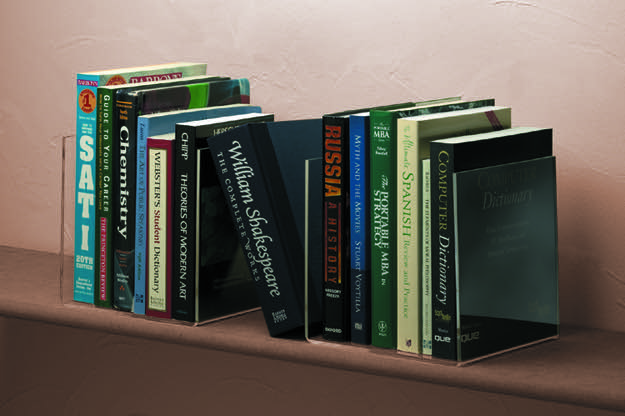 The set of 2 Book Supports create sturdy and attractive display opportunities.