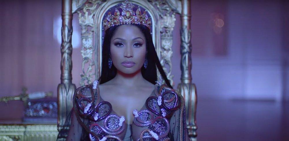 No-Frauds-Nicki-Minaj-Drak-Lil-Wayne.jpg