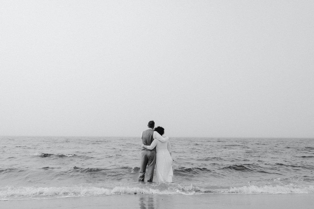 devon-rowland-beach-wedding-2018-Dec03-0018_bw.jpg