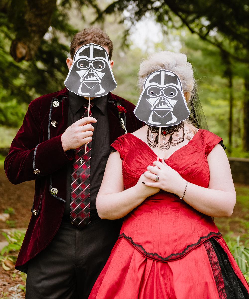 Virginia-Star-Wars-goth-nerd-wedding.jpg