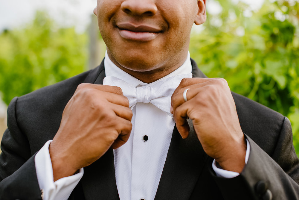winery-wedding-dapper-af-groom-tux.jpg