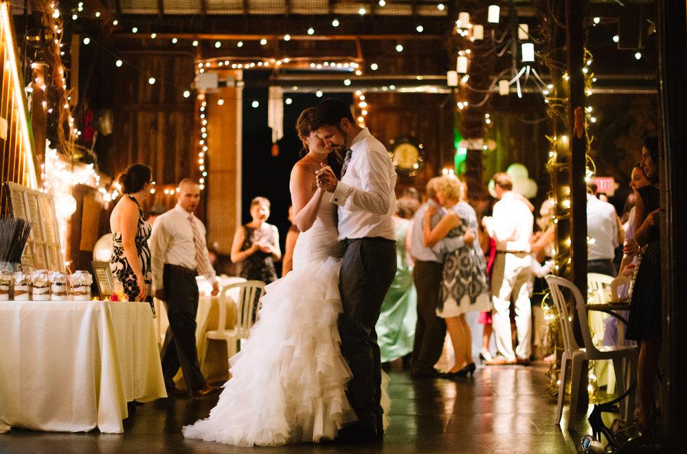 wedding-dance-bride-groom.jpg