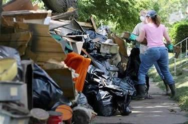 Trash after flood.jpg