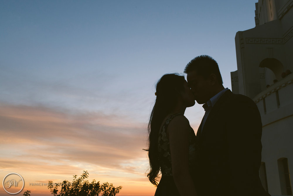 Griffith Observatory Engagement Photos42.jpg
