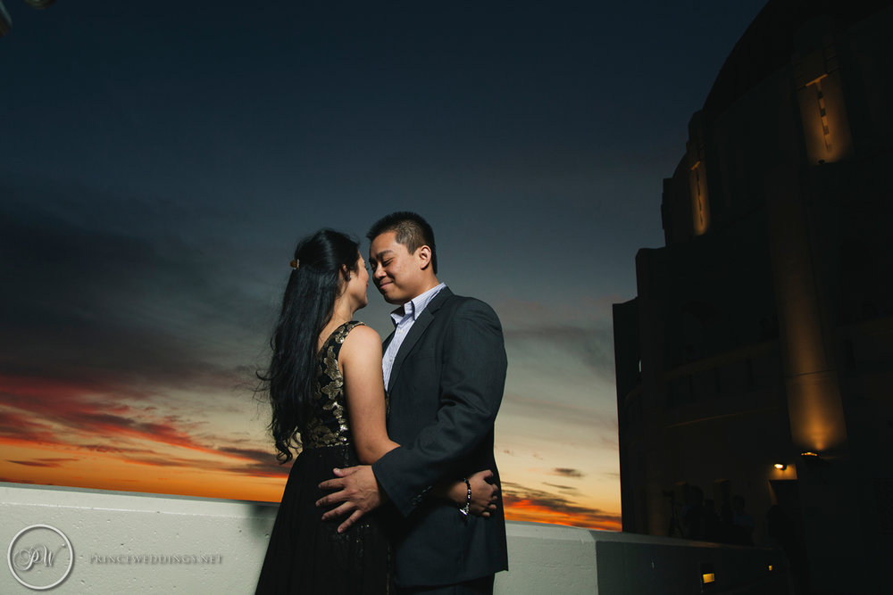 Griffith Observatory Engagement Photos47.jpg
