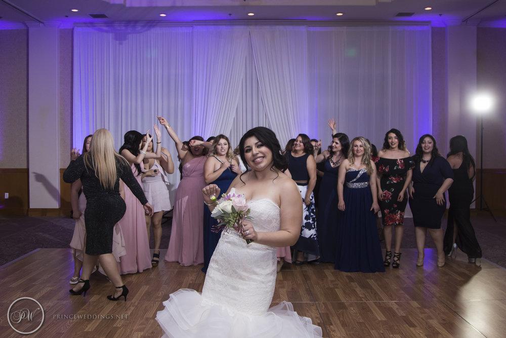 Los Coyotes Wedding Photos_Jackie_Richard-586.jpg