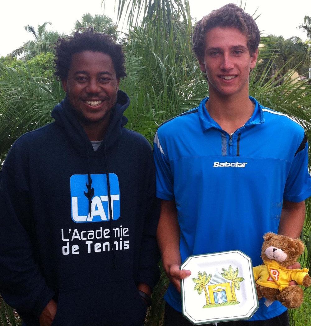 Pepperdine Univ. - Jack Van Slyke (Toronto, Canada)#137 ITF World Junior Rankingdef. Louis Wessels (#17 ITF Juniors)
