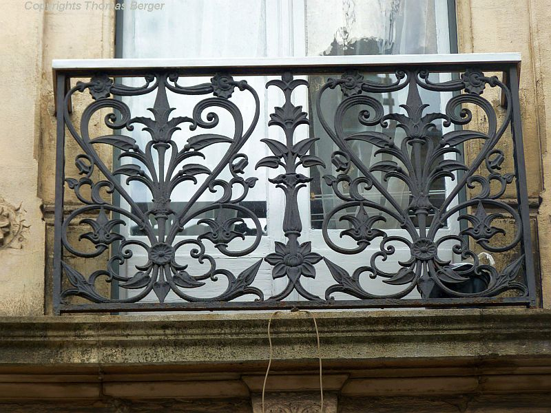 However, artistically designed railings, often containing botanical patterns, are very abundant and one of the many gems of the city.