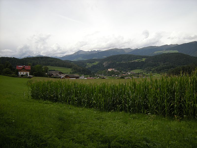 The valleys contain some larger towns and villages, roads and railways, as well as countless farms that benefit from fertile soil and a mild climate.