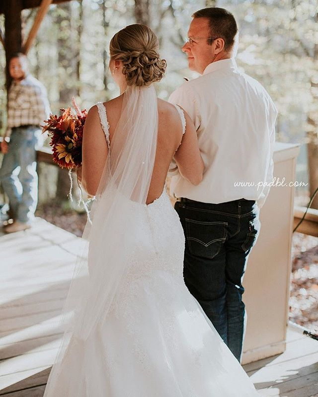 We're now booking wedding dates for 2019! Reach out today for a tour 🕊