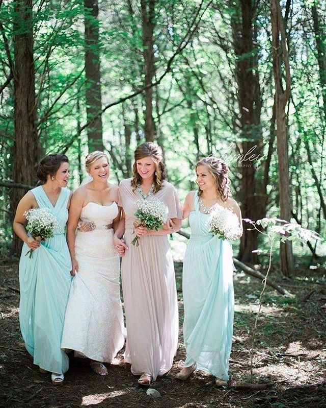 Your fairytale wedding begins at Merry Ledges In the Woods💐 Learn more at MerryLedges.com