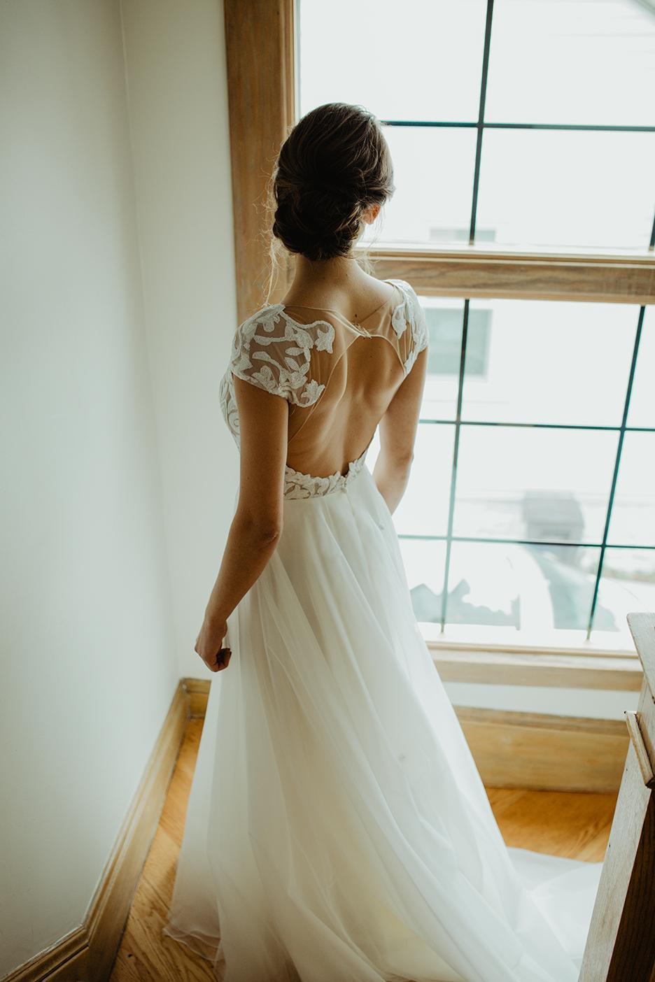 bride-portrait-getting-ready