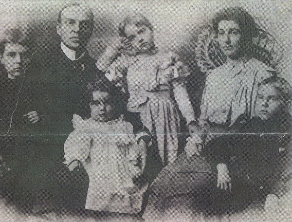 the-young-wilder-family_4278931023_o.jpg