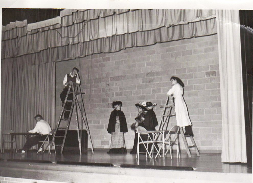 chillicothe-illinois-high-school-1957_4361935189_o.jpg